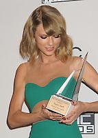 NOV 23 American Music Awards 2014 - Press Room