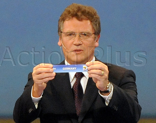 FIFA Secretary-General Jerome Valcke leads through the draw of FIFA 2010 World Cup groups in Cape Town, Germany, 04 December 2009. Photo: BERND WEISSBROD/Actionplus - UK Editorial Use