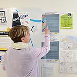 Reportage au Centre Hospitalier Public du Cotentin &agrave; Cherbourg pour son accueil de personnes handicap&eacute;es en apprentissage &agrave; l'occasion de la remise du 19&egrave;me Troph&eacute;e Innovation Handicap de la MNH.<br /> Val&eacute;rie Dupont, la coordinatrice Handicap de l'H&ocirc;pital, devant le tableau d'affichage avec les informations et actions en faveur des personnes handicap&eacute;es.
