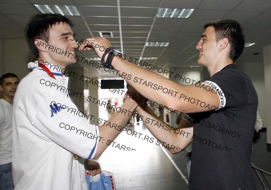 Kosarka, reprezentacija Srbije, selekcija do 20 godina&amp;#xD;Evropsko prvenstvo u Turskoj, zlatna medalja&amp;#xD;braca Dragicevic&amp;#xD;Beograd, 24.07.2006.&amp;#xD;foto: SRDJAN STEVANOVIC<br />