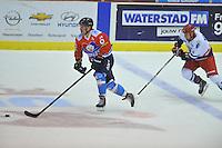 IJSHOCKEY: HEERENVEEN: 14-12-2013, IJsstadion Thialf, UNIS Flyers - Dordrecht Lions, uitslag 10-0, Jade Galbraith (#6 |Flyers), John Versteeg (#11 | Dordrecht), ©foto Martin de Jong