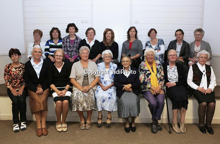 Foto: VidiPhoto<br /> <br /> VALBURG - Vrouwenvereniging Ora et Labora, van de hervormde gemeente Valburg-Homoet.