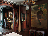 The Arabesk stools in the guest bedroom belonged to Ahmed Teyfik Pasha, who was the last Ottoman prime minister