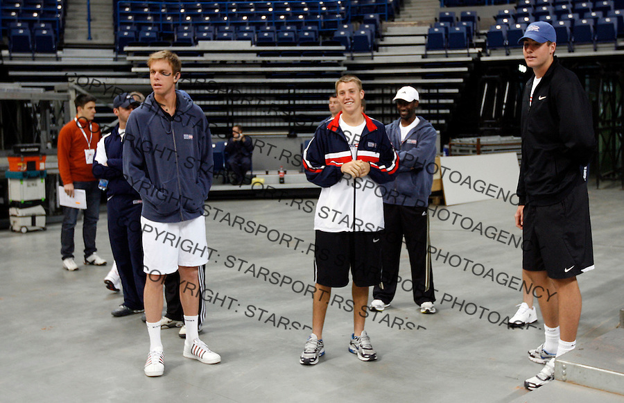 Tennis, Davis Cup.Serbia Vs. USA.Sam Querrey and John Isner, watch practice session of Serbian team.Belgrade, 01.03.2010..foto: Srdjan Stevanovic