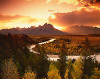 Teton Range at sunset from the Snake River Overlook, Grand Teton National Park, Wyoming, USA.