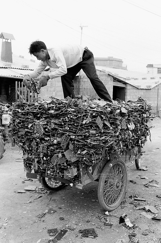 the issue of electronic waste recycling in china Electronic recycling the waste authority implemented a program where monroe county residents can bring their  more on china's impact on the recycling markets.