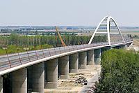 0707239087a Ferenc Gyurcsany and Janos Koka at the celebration of the newly built record breaker Pentele Bridge over river Danube at Dunajuvaros, Hungary. Monday, 23. July 2007. ATTILA VOLGYI
