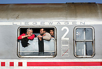 2015:  Fleeing to Europe – NEWS