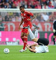 Fussball 1. Bundesliga :  Saison   2011/2012   Liga Total Cup  20.07.2011 FSV Mainz 05 - FC Bayern Muenchen Luiz Gustavo (li, FC Bayern Muenchen) gegen Petar Sliskovic (re, 1. FSV Mainz 05)