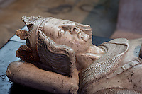 Gisant of Charles of Anjou (1226 - 1285), count of Anjou, King of Sicily, marble, 1326, origine Church of the Jacobins (Paris), Abbey church of Saint Denis, Seine Saint Denis, France. Picture by Manuel Cohen