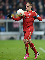 FUSSBALL   1. BUNDESLIGA  SAISON 2012/2013   21. Spieltag  FC Bayern Muenchen - FC Schalke 04                     09.02.2013 Franck Ribery (FC Bayern Muenchen) Einzelaktion am Ball
