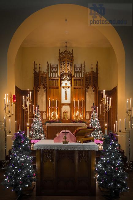 Dec. 13, 2015; Morrissey Manor candlelight Mass. (Photo by Matt Cashore/University of Notre Dame)