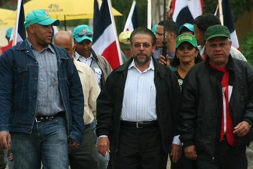 Guillermo dice presidente Fernández no rindió cuentas