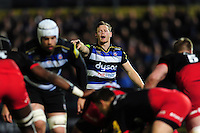 Chris Cook of Bath Rugby shouts out instructions. Aviva Premiership match, between Bath Rugby and Saracens on April 1, 2016 at the Recreation Ground in Bath, England. Photo by: Patrick Khachfe / Onside Images