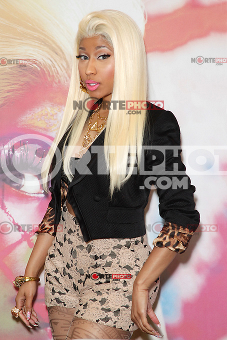 Nicki Minaj promociona su nuevo disco Pink Friday: Roman Reloaded al cierre del ejercicio en Filadelfia, Pensilvania.*04*abril*2012. <br /> (*Foto&copy;Star*Shooter/MediaPunch/NortePhoto.com*).<br /> **CREDITO OBLIGATORIO**