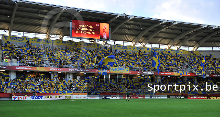 Sweden - Germany : Gamla Ullevi gevuld met Zweedse supporters<br /> foto David Catry / nikonpro.be