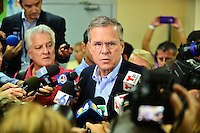 Jeb Bush Holds Student Town Hall Q&A At Miami SchoolJeb Bush Holds Student Town Hall Q&A