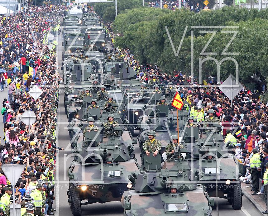 Desfile militar 20 de julio event vizzorimage for Jardines 20 de julio bogota