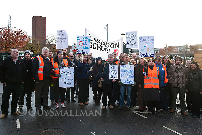 NUT strike at Langdon school Newham. 24-11-11