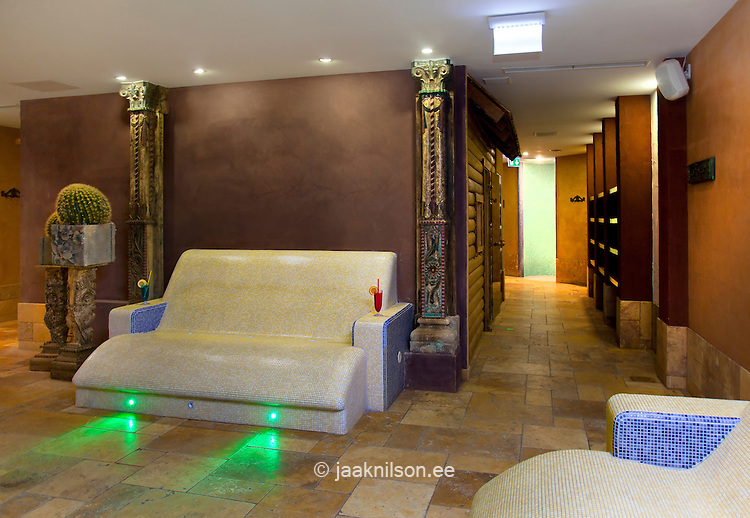 Steam Lighted Sauna Room Heated Stone Lounge Chairs And