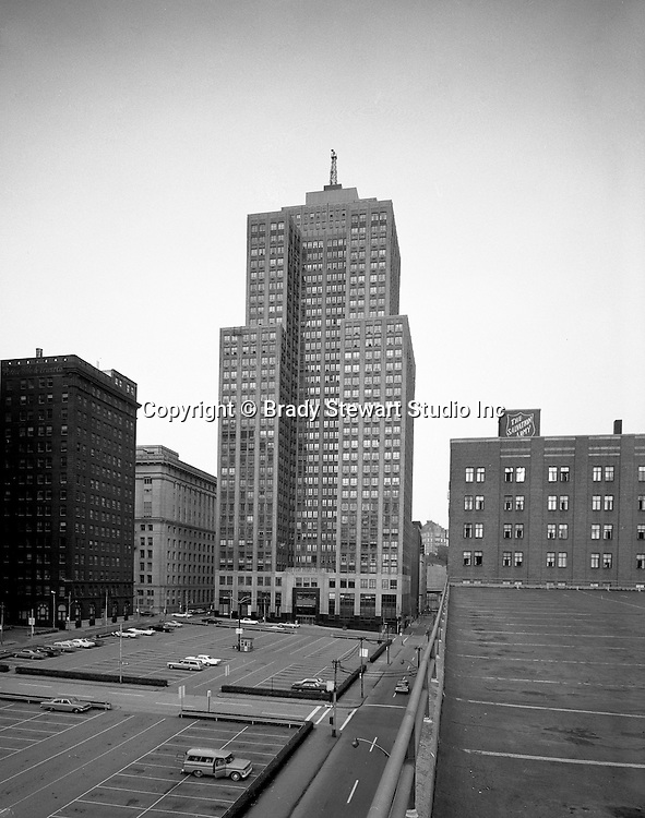 Pittsburgh PA:  Exterior view of the Grant building from the roof of a parking lot on 3rd Avenue - 1960.