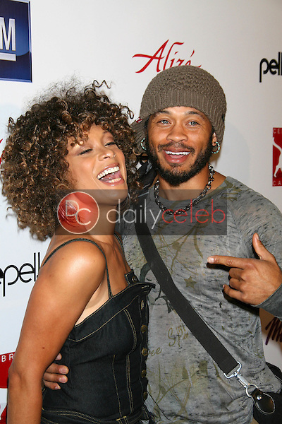 Valarie Pettiford and Kiko Ellsworth<br />at Celebrity Catwalk for Charity. The Highlands Nightclub, Hollywood, CA. 08-16-07<br />Dave Edwards/DailyCeleb.com 818-249-4998