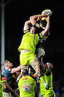 Dom Barrow of Leicester Tigers competes with Charlie Matthews of Harlequins for the ball at a lineout. Aviva Premiership match, between Harlequins and Leicester Tigers on February 24, 2017 at the Twickenham Stoop in London, England. Photo by: Patrick Khachfe / JMP