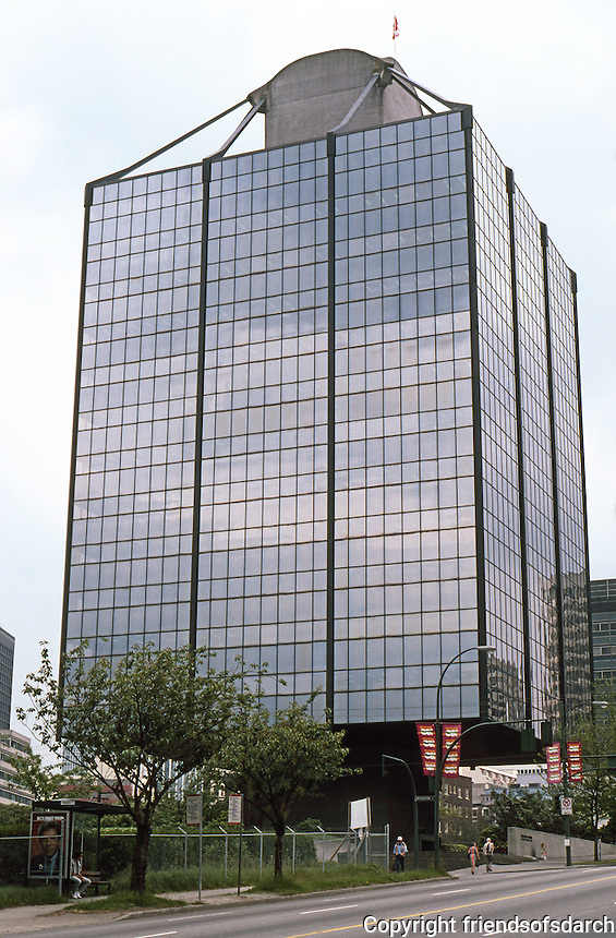 Vancouver: Westcoast Building, 1338 W. Georgia. Rhone & Iredale, 1968-69.  Photo '86.