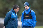 St Johnstone Training&hellip;14.04.17<br />Striker Steven MacLean talks with assistant manager Callum Davidson during training at McDiarmid Park this morning ahead of tomorrow&rsquo;s game against Aberdeen.<br />Picture by Graeme Hart.<br />Copyright Perthshire Picture Agency<br />Tel: 01738 623350  Mobile: 07990 594431