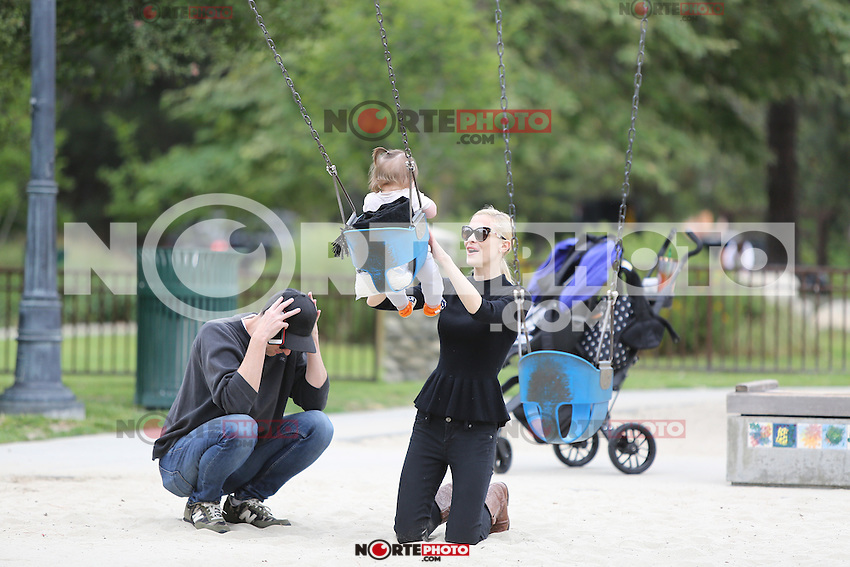 May 24, 2014 Beverly Hills California Jaime King and family out spending a day at Cold Water Park in Beverly Hills SP1/Starlitepics
