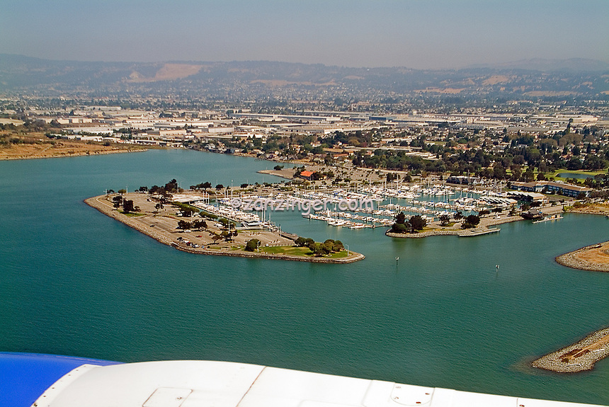Aerial, View, arriving, En Route to San Francisco, CA, Marina, boats docked