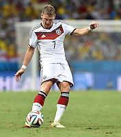 FUSSBALL WM 2014  VORRUNDE    GRUPPE G     Deutschland - Ghana                 21.06.2014 Bastian Schweinsteiger (Deutschland) am Ball