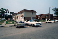 1992 May 01..Assisted Housing..Oakleaf Forest...Exteriors.West Side of Greenleaf Drive...NEG#.NRHA#..HOUSING:OaklfF 1 1:18