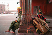 Delhi, India, March 2002.Juma Masjd (Mosq): a family of Muslem refugees from Srinagar, Kashmir has come here to look for shelter from the communal riots in their home state.