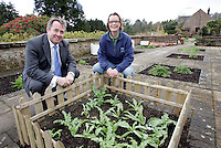 08/04/09 Gardening Leave Charity