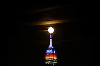Full Hunter's super moon rises behind New York City