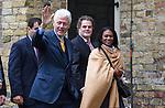 Nederland, Achlum, 28-05-2011 CONVENTIE VAN ACHLUM.   Bill Clinton verlaat de dorpskerk na een gesprek met de raad van bestuur van Achmea. Verzekeraar Achmea viert vandaag in het Friese dorpje haar 200 jarig bestaan. FOTO: Gerard Til / Hollandse Hoogte