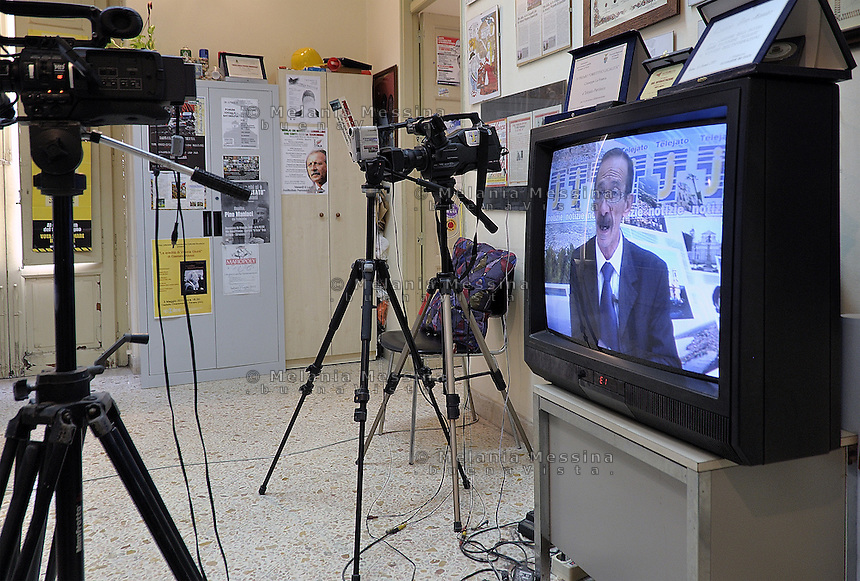 Partinico: office of antimafia tv station Telejato.<br /> Partinico: i locali  della tv antimafia Telejato