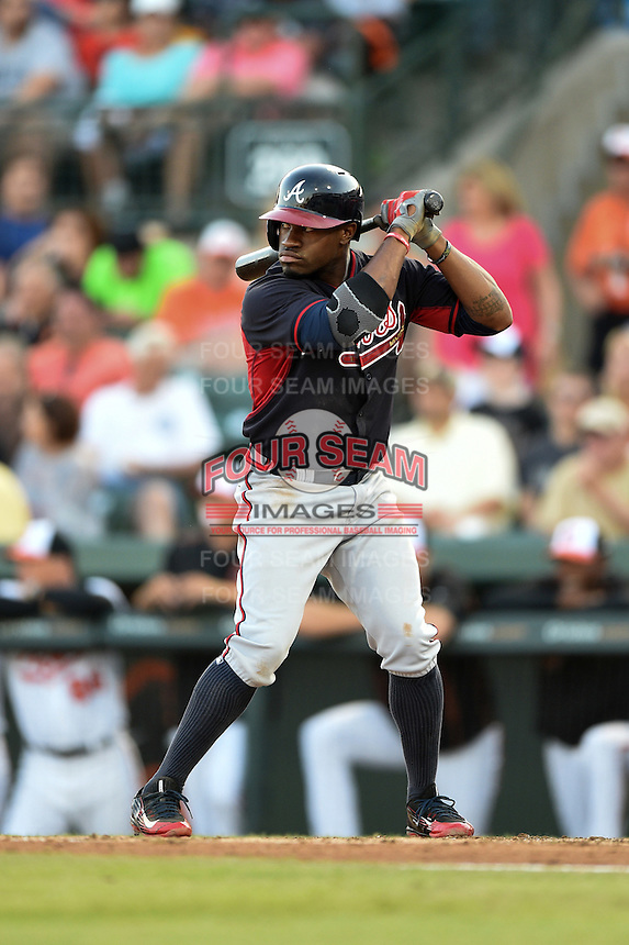 Atlanta Braves outfielder Eric Young Jr. (4) during a Spring Training game against the Baltimore Orioles on April 3, 2015 at Ed Smith Stadium in Sarasota, Florida.  Baltimore defeated Atlanta 3-2.  (Mike Janes/Four Seam Images)