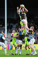Charlie Matthews of Harlequins wins the ball at a lineout. Aviva Premiership match, between Harlequins and Sale Sharks on January 7, 2017 at the Twickenham Stoop in London, England. Photo by: Patrick Khachfe / JMP