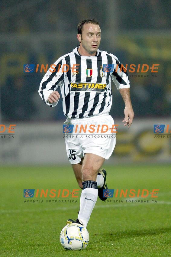 MODENA 22/11/2003<br /> MODENA JUVENTUS 0-2<br /> Alessandro Birindelli (Juventus)<br /> FOTO ANDREA STACCIOLI Insidefoto