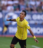 Fussball  1. Bundesliga  Saison 2013/2014    FC Augsburg - Borussia Dortmund      10.08.2013 JUBEL Dortmund; Pierre-Emerick Aubameyang (li) nach seinem Tor zum 0-2