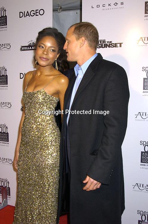 9444 Naomie Harris and Woody Harrelson.jpg | Robin Platzer ...