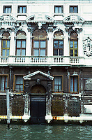 Venice:  Renaissance Palazzo.  Photo '83.