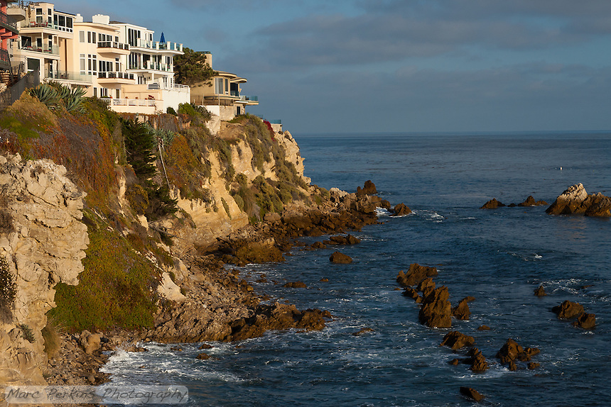 Inspiration Point is just south/east of Corona Del Mar State Beach in Newport Beach, CA.  This is a view of the houses south/east of Inspiratin Point, which are on bluffs overlooking the ocean.