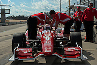 20-21 Febuary, 2012 Birmingham, Alabama USA.Scott Dixon and crew on pit lane.(c)2012 Scott LePage  LAT Photo USA