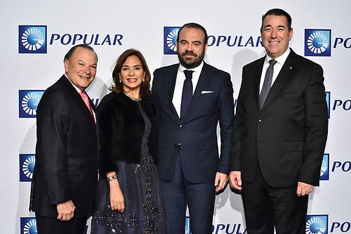 De izquierda a derecha, los señores Frank Rainieri, Haydée Kuret de Rainieri, Gabriel Escarrer Jaume y Juan Manuel Martín de Oliva.