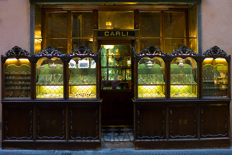 Carli traditional jewellers in Via Fillungo,  Lucca, Italy