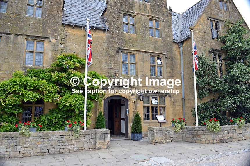 Lygon Arms, hotel, Broadway, Worcestershire, July, 2014, 201407113475<br /> <br /> Copyright Image from Victor Patterson, 54 Dorchester Park, Belfast, UK, BT9 6RJ<br /> <br /> Tel: +44 28 9066 1296<br /> Mob: +44 7802 353836<br /> Voicemail +44 20 8816 7153<br /> w: victorpatterson.com<br /> <br /> e1: victorpatterson@me.com<br /> e2: victorpatterson@gmail.com<br /> <br /> <br /> IMPORTANT: Please see my Terms and Conditions of Use at www.victorpatterson.com