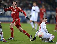 FUSSBALL   1. BUNDESLIGA  SAISON 2012/2013   16. Spieltag FC Augsburg - FC Bayern Muenchen         08.12.2012 Franck Ribery (li, FC Bayern Muenchen) gegen Daniel Baier (FC Augsburg)